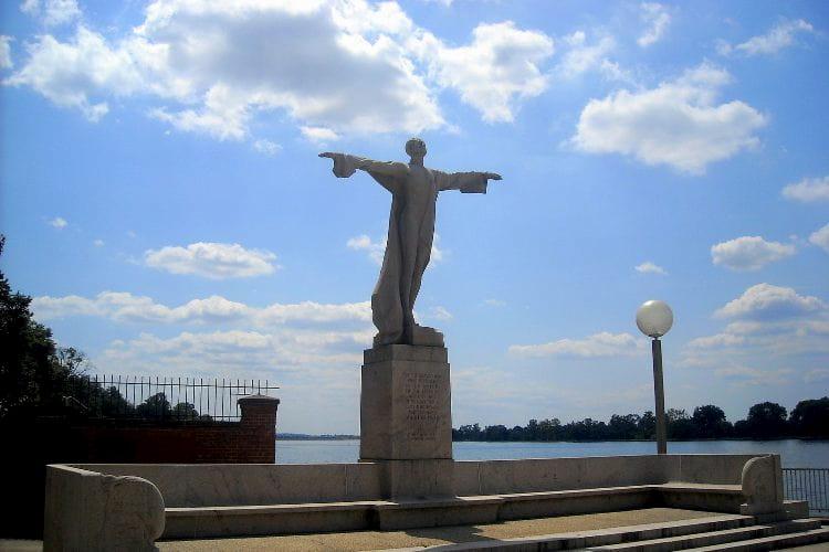 Titanic Memorial in D.C.