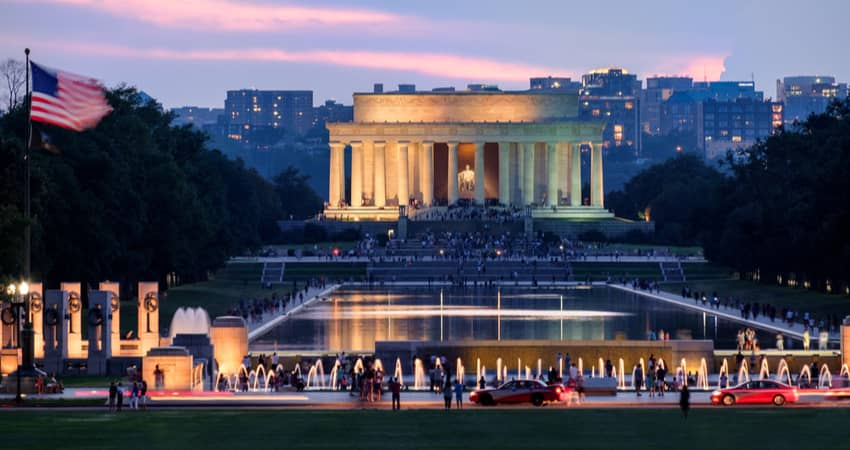 The Lincoln Memorial lit up in the evening